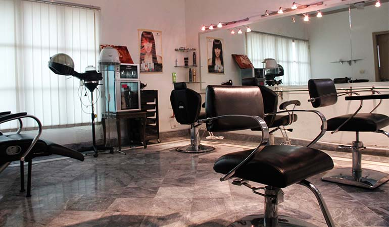 Double Glow Whitening Facial & Polish + Manicure & Pedicure + Hair Cut OR Hair Protein Treatment + Hair Wash & Deep Conditioning + Relaxing Massage + Threading ,Upper Lip & Eye Brows From One H Spa & Salon Model Town, Lahore