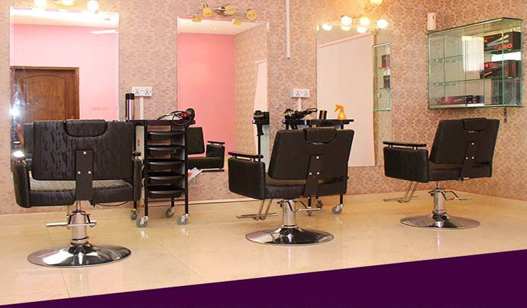 74% off, Rs 1850 only for Gold facial + Whitening skin polisher + Neck and shoulder massage + Whitening manicure + Whitening pedicure + Hand and feet polisher + Hand and feet massage + Hot oil head massage or Hair Cutting+ Threading (Upper Lips and Eye Brows) by Lady Gaga Salon & Spa Gulberg-III, Lahore.