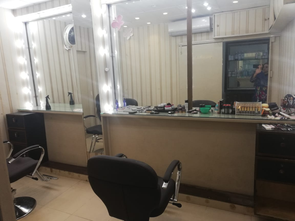 Whitening Facial + Polisher and Glow + Whitening Face Bleach + Whitening Manicure + Whitening Pedicure with polisher + Hair Cut + Hair Power Dose Treatment + Hand & Feet Massage + Neck & Shoulder Massage + Threading (Eye brow+Upper lips) at Nayab Khan Make up Studio, Salon & Spa Faisal Town Lahore.