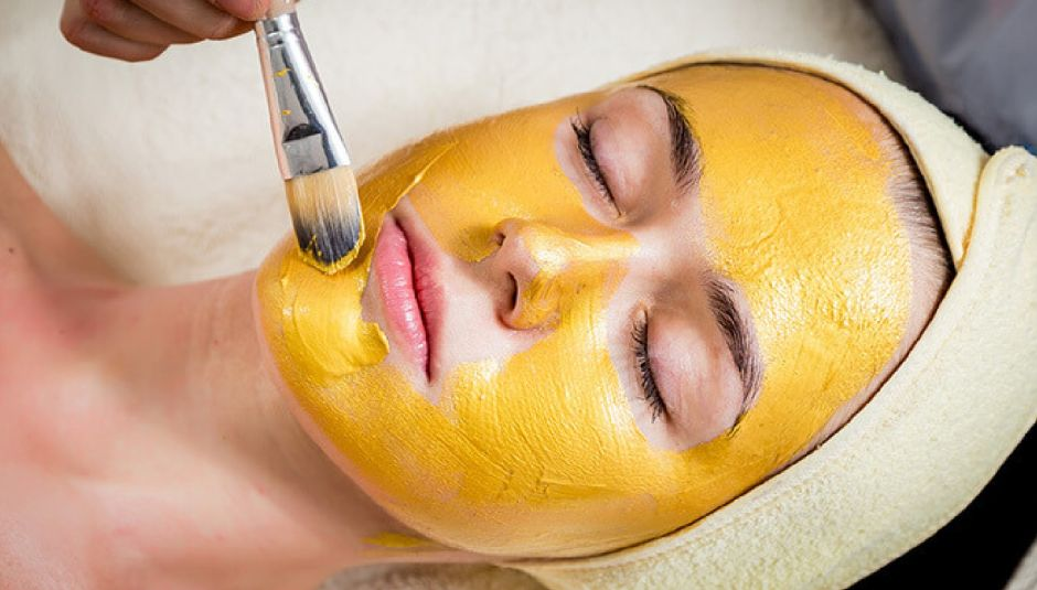 Gold Facial along with Whitening Face Polisher + Gold Face Mask + Face Bleach + Whitening Manicure with Polisher + Whitening Pedicure with Polisher + Face Massage + Hair Trimming  or Hair Treatment + Threading (Eyebrows + Upper lips) at She-Zone Beauty Salon, bismillah housing scheme, Lahore.