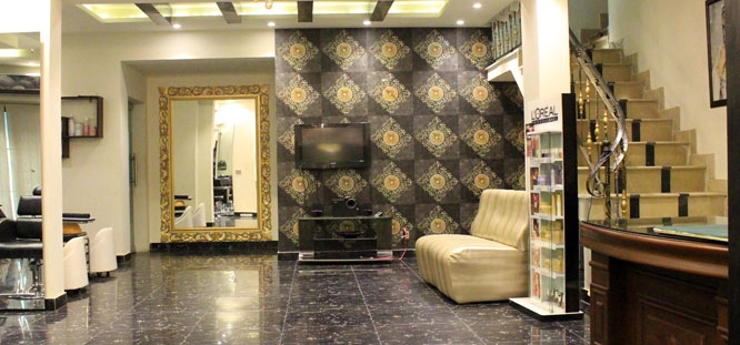 Glow Facial + Skin Polisher + Whitening Manicure + Whitening Pedicure with Polisher + Feet Polisher + Threading ( Eye Brows & Upper Lips) by The Beauty Room Salon Gulberg, Lahore.