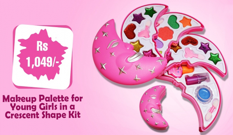 Makeup Palette for Young Girls in a Crescent Shape Kit